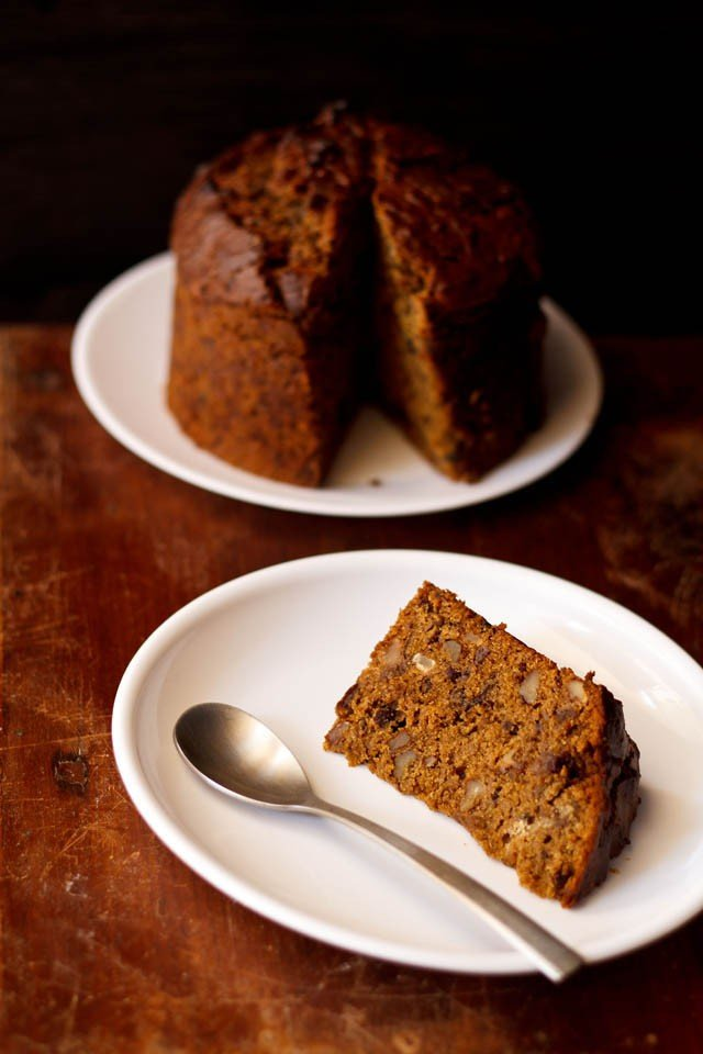 Eggless Dates Walnut Coffee Cake Recipe