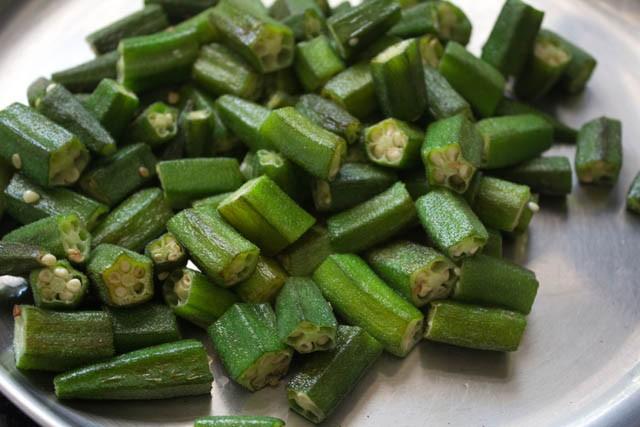 saute bhindi or okra