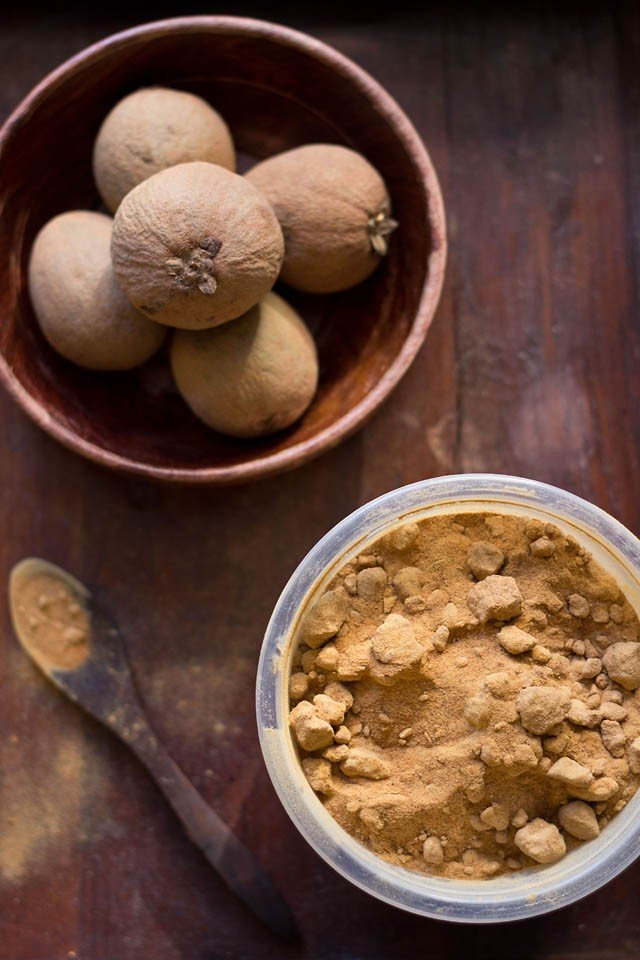 chickoo and coconut sugar for chickoo milkshake recipe