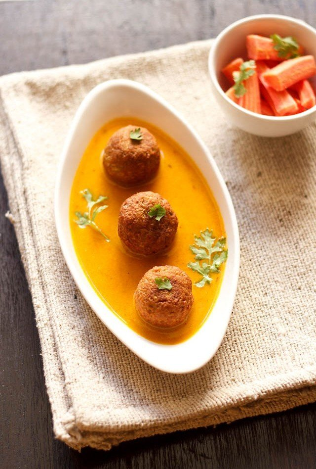 lauki kofta, how to make lauki kofta recipe | lauki kofta curry recipe