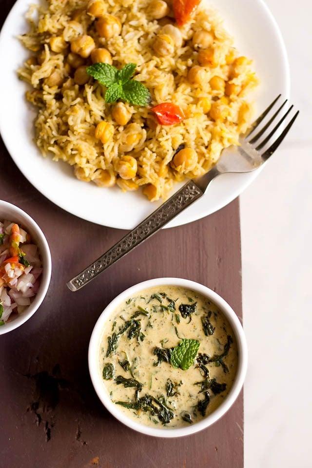 palak raita or spinach raita recipe