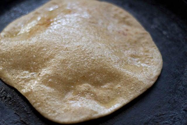 fry the sugar paratha
