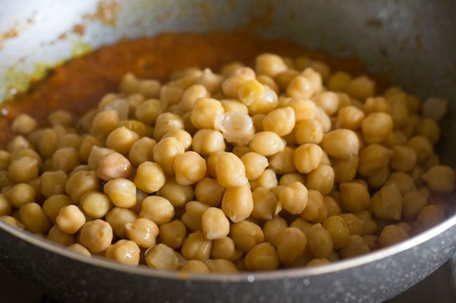 cooked chickpeas added