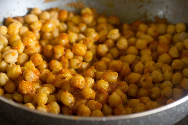 chickpeas mixed very well