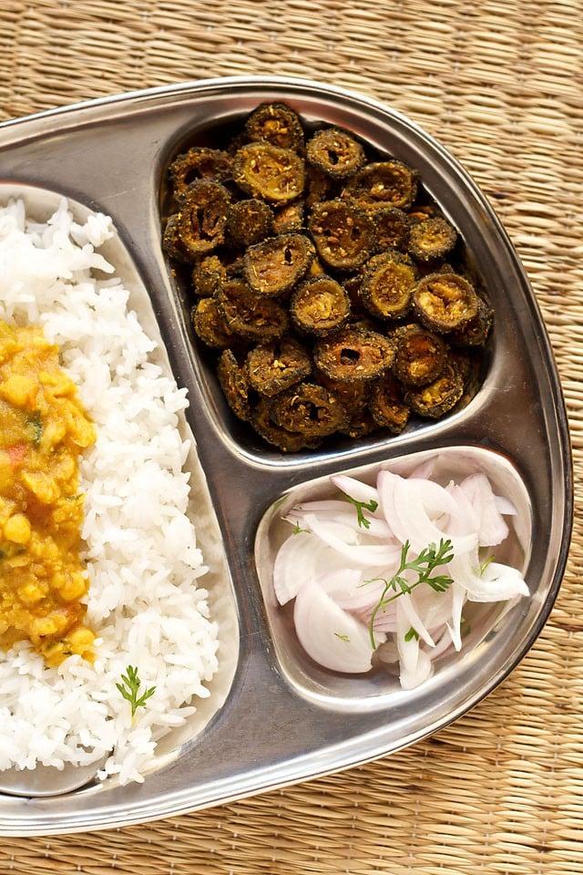 karela stir fry recipe | karela sabzi recipe | easy karela fry