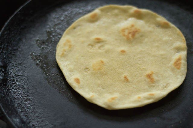 cooking kulcha - making kulcha recipe