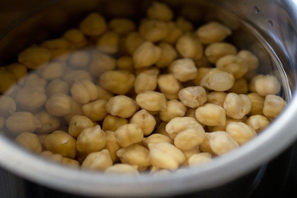 chana, chole, chickpeas