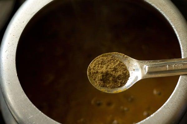 making maa chole di daal recipe