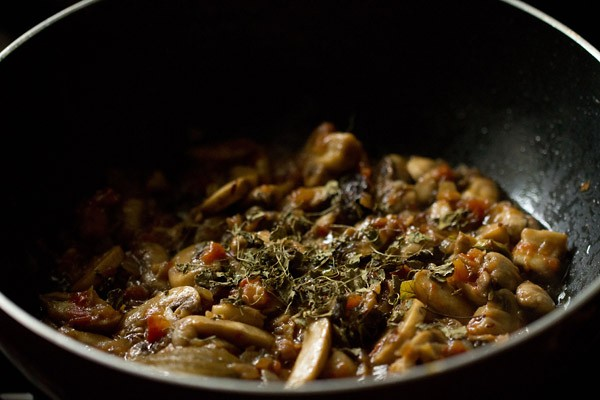 kasuri methi for palak mushroom recipe
