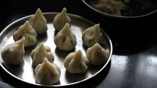 ravamodak recipe for ganesh chaturthi, ravamodak recipe, semolina modak recipe