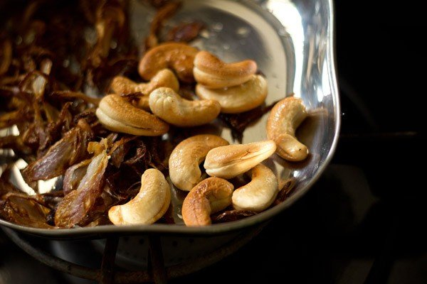fried cashews for veg pulao recipe