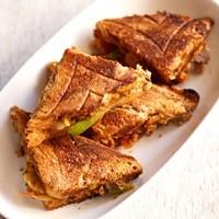 chole sandwich