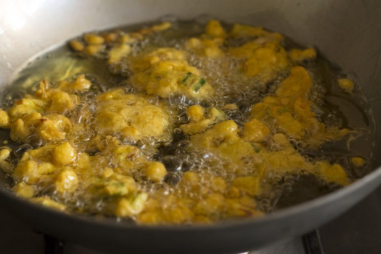 corn pakora or corn fritters recipe