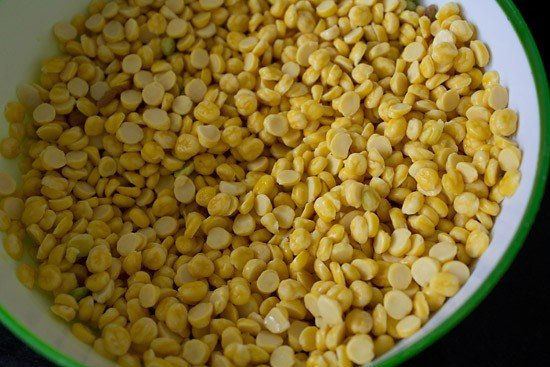 soaked chana dal for dal pakwan recipe