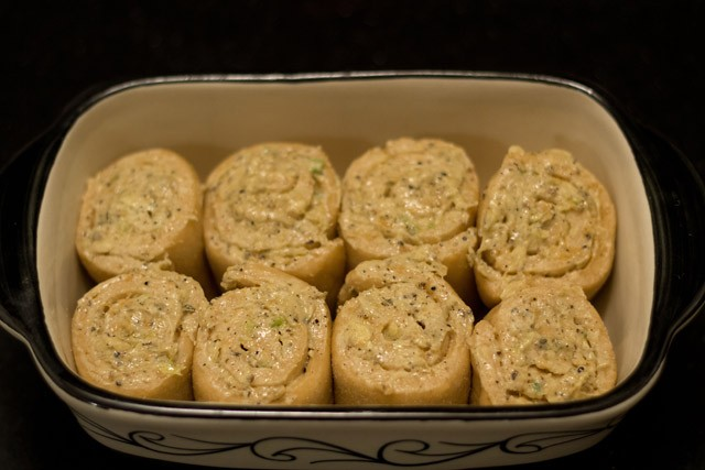 baking - garlic bread rolls recipe