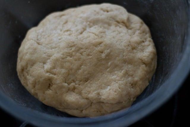 dough to make garlic bread rolls recipe