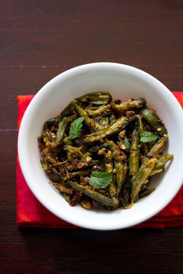 lahsuni bhindi or garlic bhindi, how to make lahsuni bhindi recipe