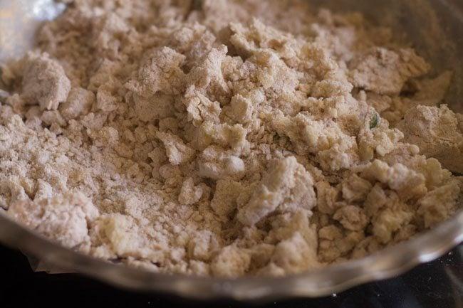 singhare ki poori recipe
