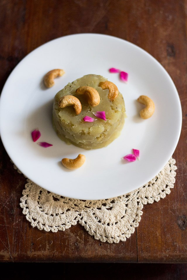 sweet potato halwa or shakarkandi halwa