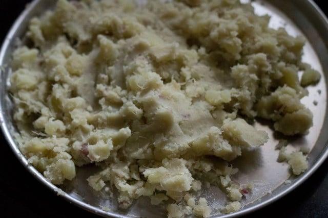sweet potatoes for shakarkandi halwa recipe