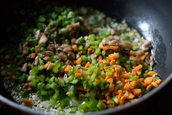 making veg fried rice recipe