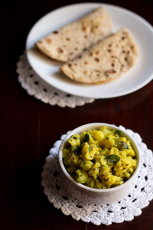 batata bhaji recipe or aloo sabzi