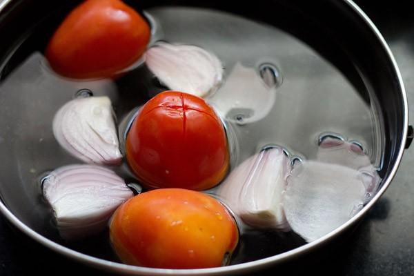 blanching onions for paneer tikka masala recipe