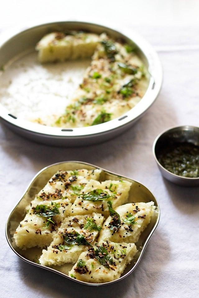 rava dhokla recipe, how to make rava dhokla | instant rava dhokla