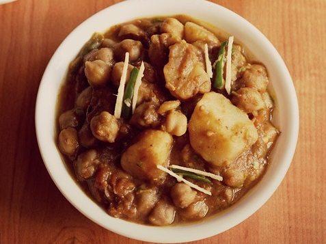 aloo chole masala recipe