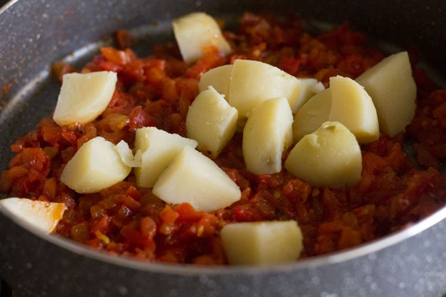 aloo tamatar sabzi recipe