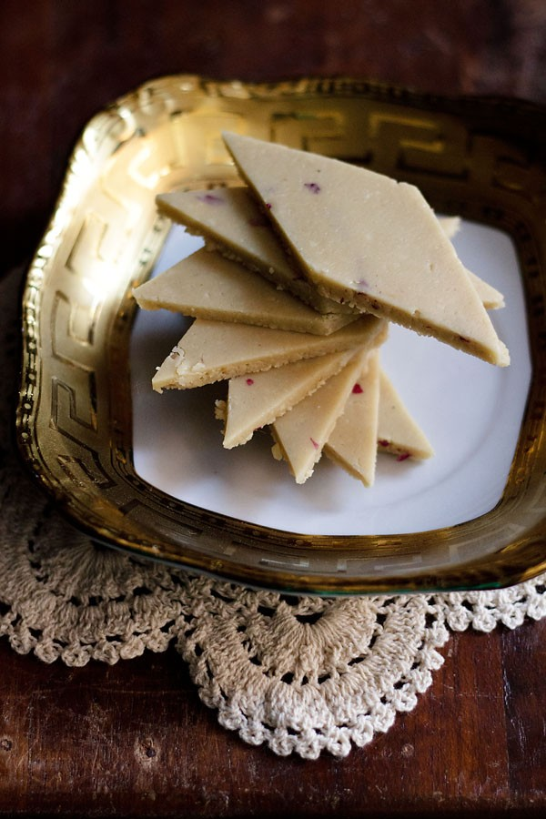 kaju katli recipe | kaju barfi recipe | how to make kaju katli recipe