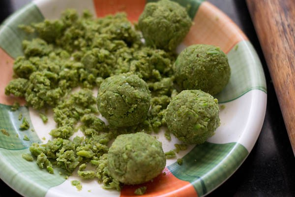 balls made from peas stuffing for making kachori
