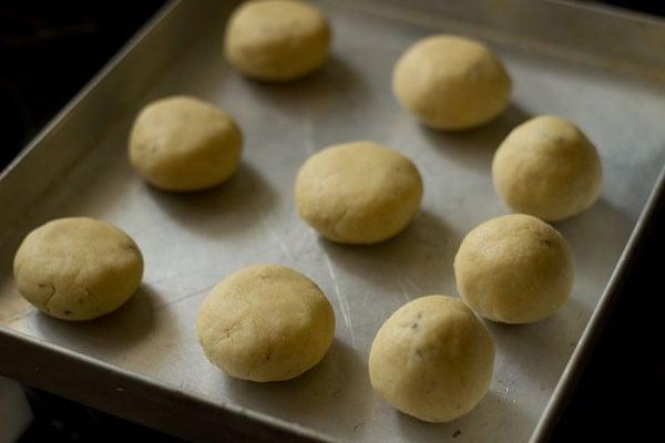 baking nankhatai