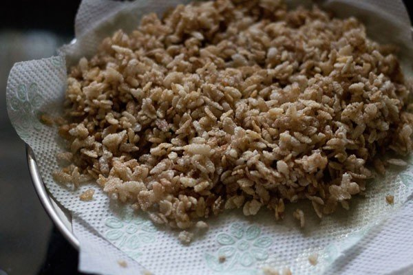 poha to prepare poha chiwda recipe