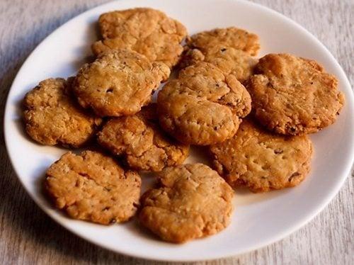 punjabi mathri recipe
