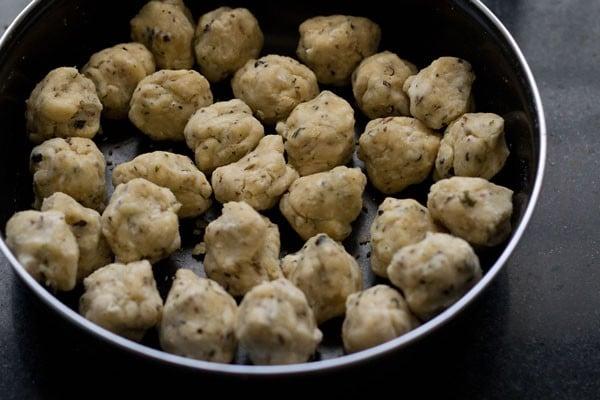 making punjabi mathri recipe