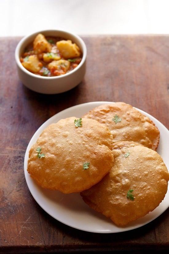 rajgira ki poori recipe or amaranth poori