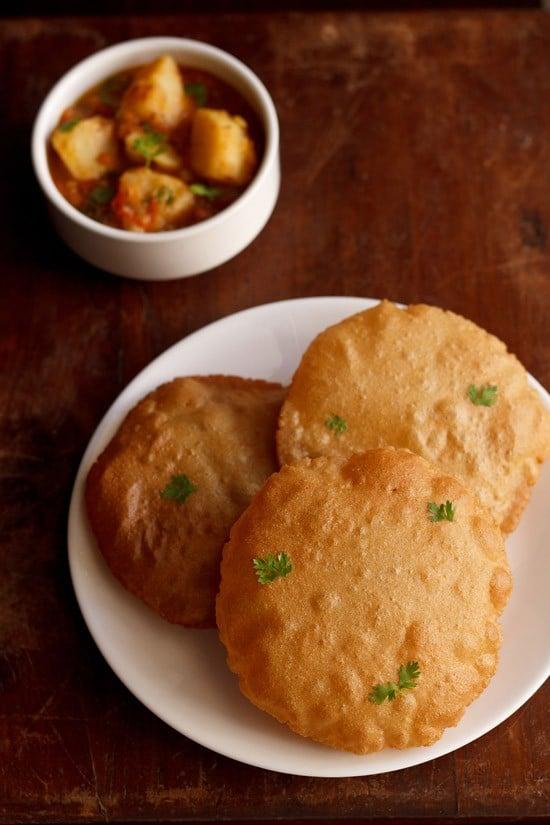 rajgira ki poori recipe or amaranth poori recipe | vrat ki poori recipe