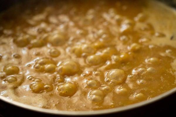 simmering restaurant style rajma masala