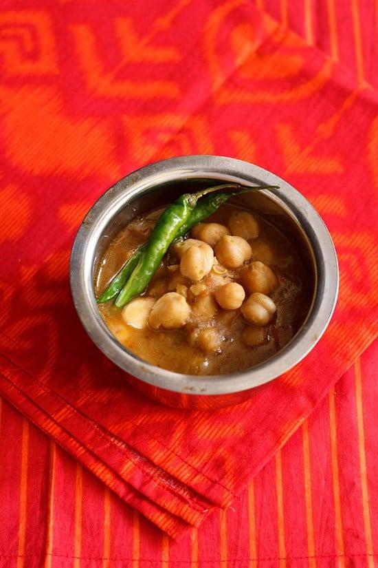 easy chole recipe | chana masala recipe in pressure cooker