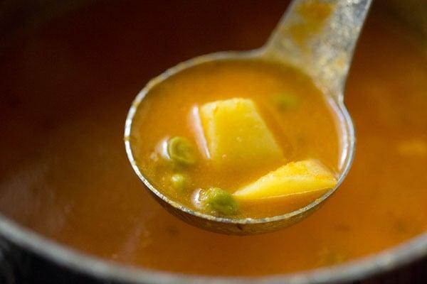 aloo matar curry recipe