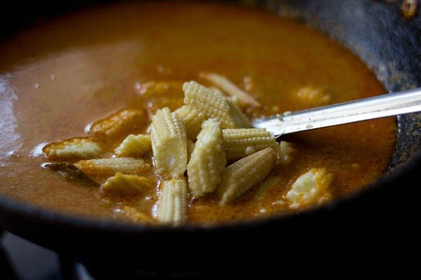 baby corn masala recipe, baby corn curry recipe, baby corn gravy recipe