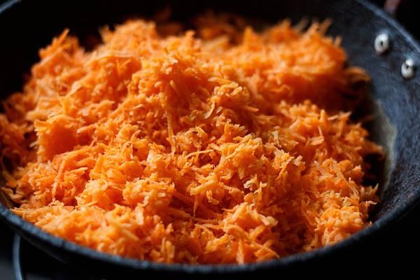 grated gajar for gajar halwa recipe