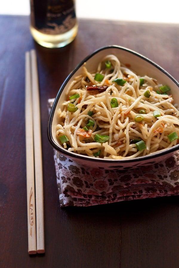 veg hakka noodles recipe, hakka noodles recipe