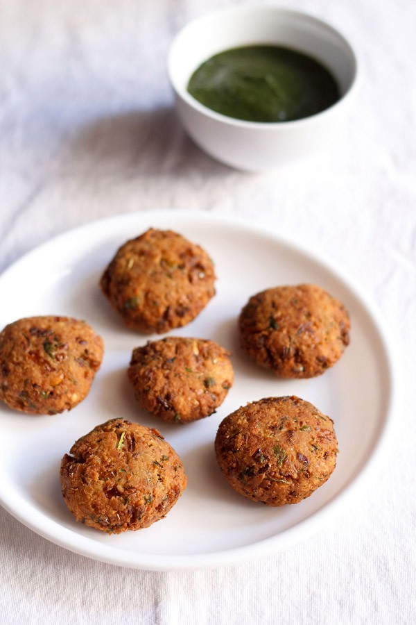 chana vada recipe, how to make chana vada | chickpea fritters recipe