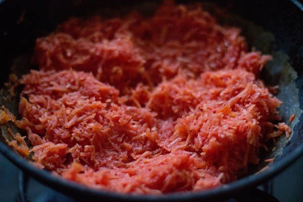 grated gajar or carrots for halwa