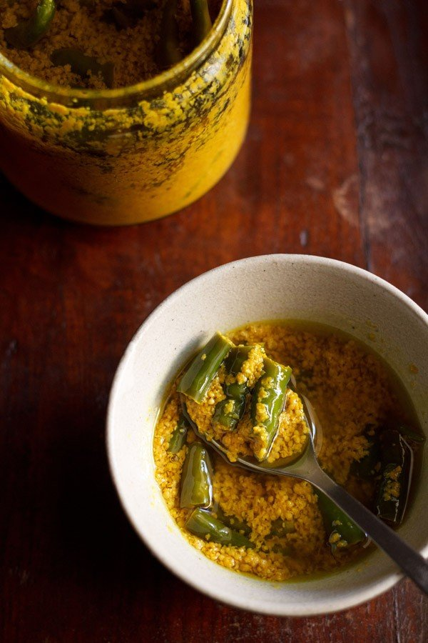 green chilli pickle recipe