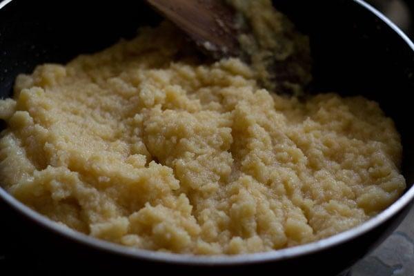 preparing moong dal halwa recipe