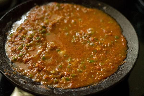 tomato puree to make tawa paneer masala recipe