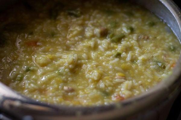 preparing bisi bele bath recipe